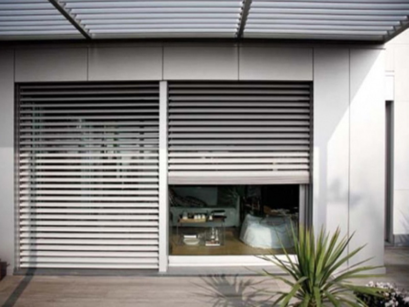Complementi mioni serramenti - Pannelli oscuranti finestre ...